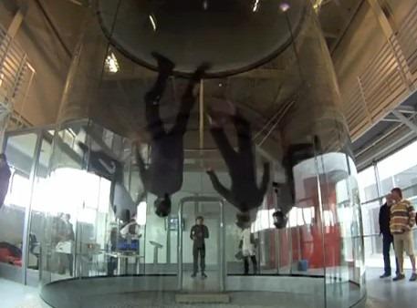 Danza anti gravedad