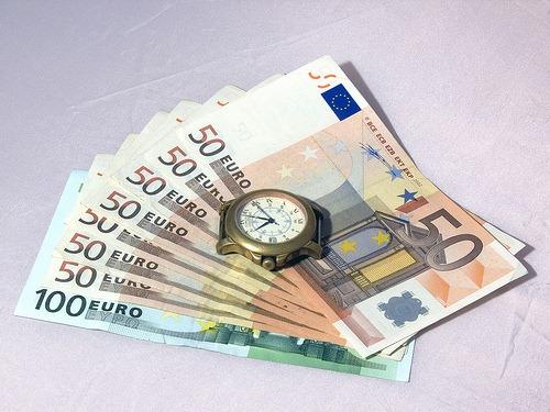Tiempo y dinero para las finanzas personales