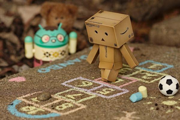50 fotos de Danbo el robot hecho de cartón