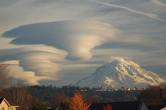 Amazing-cloud-formations-20