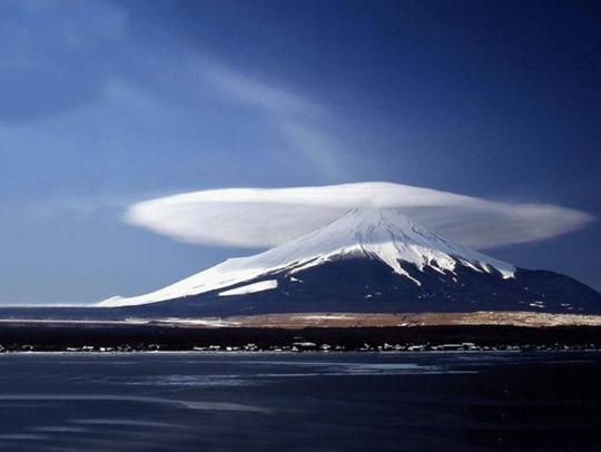 mushroom-cloud-3-940x707
