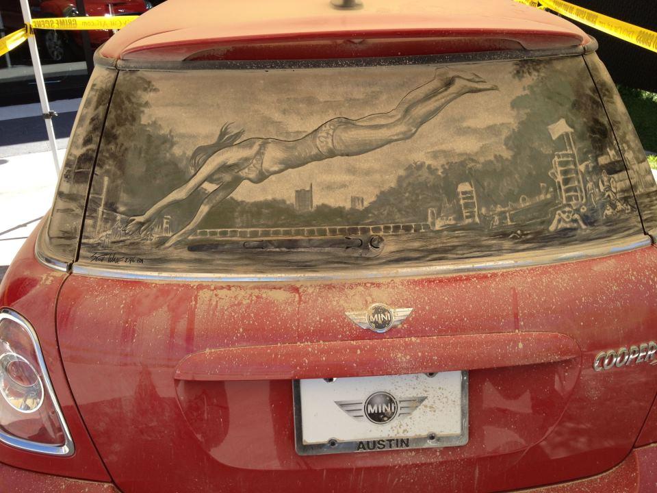 Obras de arte en ventanas del auto