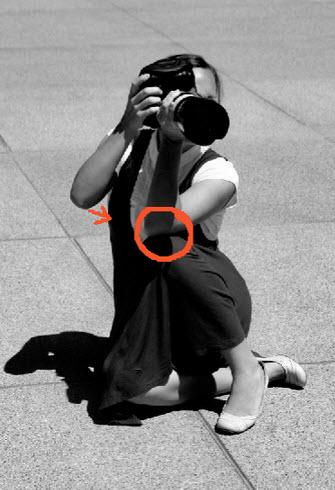 Técnicas para reducir movimiento de cámara de fotos usando rodilla
