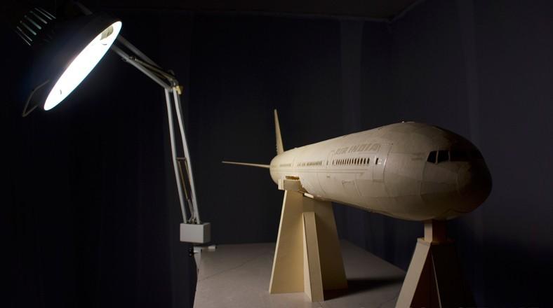 Como se hizo el avión de papel